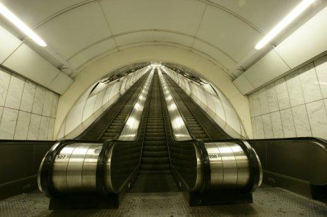 escalator-dlya-metro-victoria